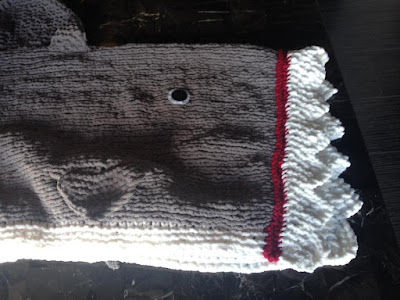 Knitting Pattern For A Shark Blanket : Kariboberry Creations: Shark Blanket - Knit edition