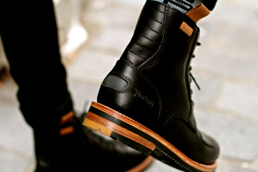 Bottes moto CLARKS x NORTON // leather boots