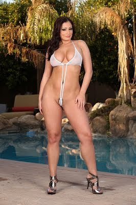 Aria Giovanni_in awesome camel toe_1