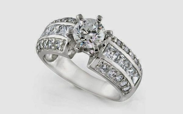 http://www.engagementringst.com/engagement-rings-news/wide-band-engagement-rings+