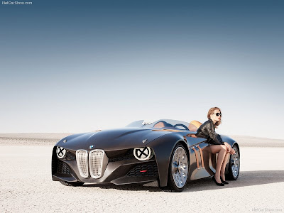 BMW-328_Hommage_Concept_2011Wih_female_model