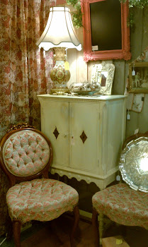 Sweet cabinet & Vic style chairs