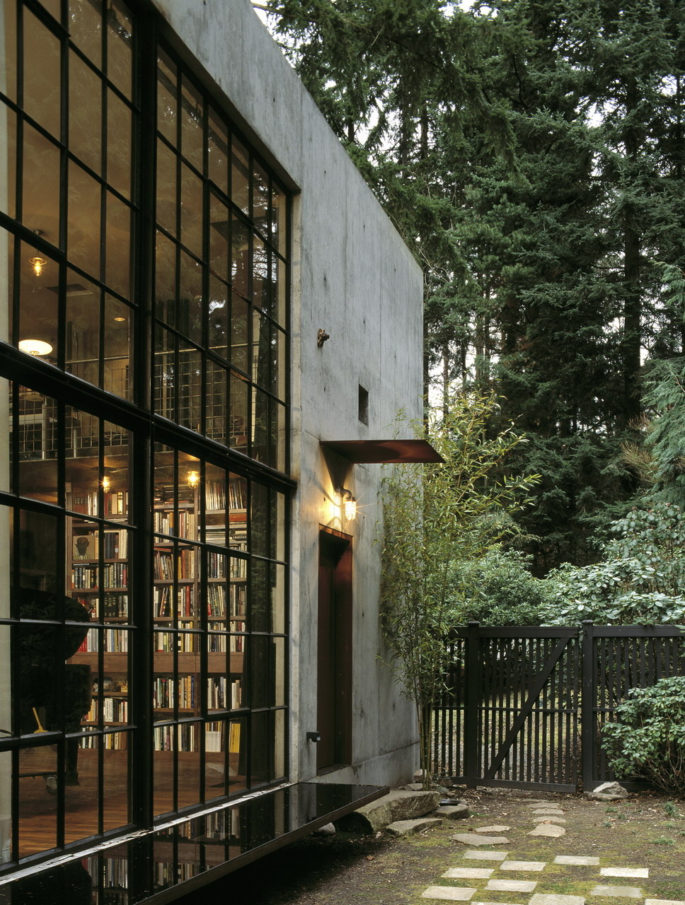 Loveisspeed the brain by tom kundig of olson for Modern vintage house exterior