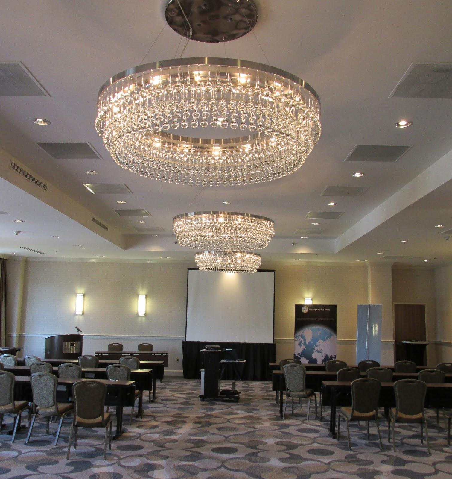news doubletree suites by hilton hotel boston cambridge. Black Bedroom Furniture Sets. Home Design Ideas