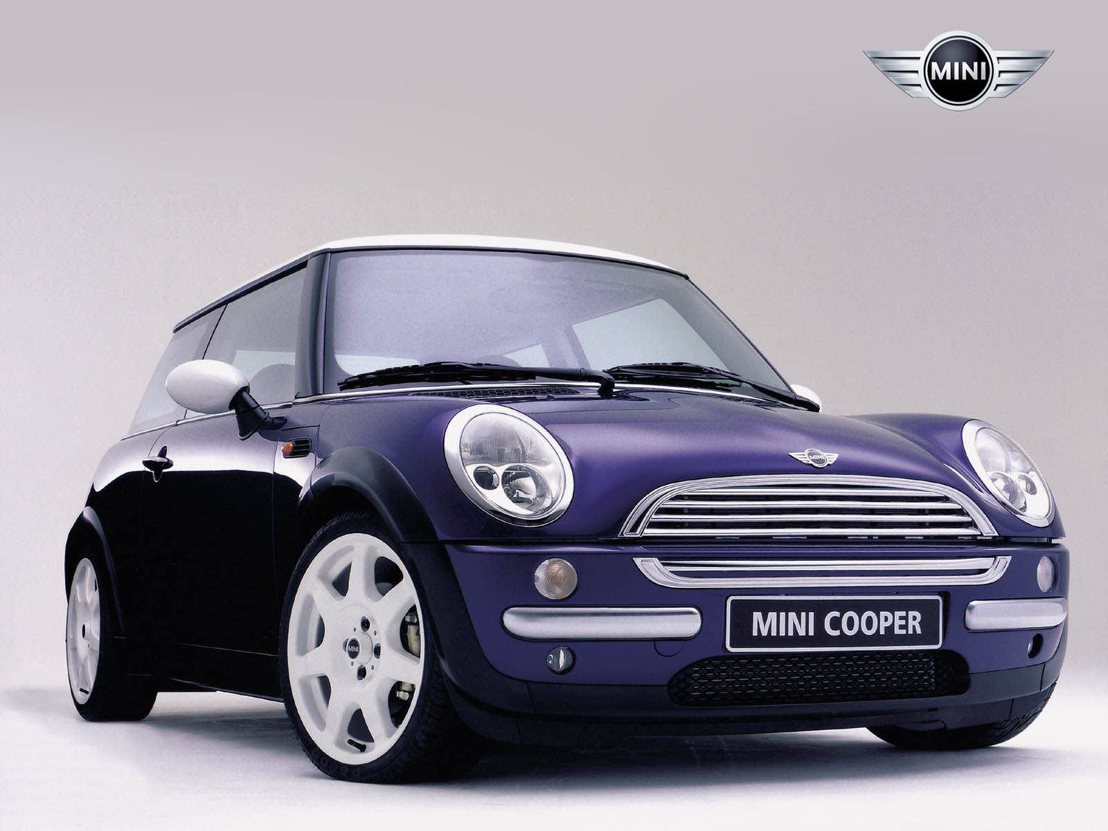 hot car models 2011 bmw mini cooper. Black Bedroom Furniture Sets. Home Design Ideas