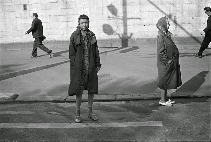 Vladimir a photographer was enjoying taking photos of life around him in the city of moscow in the 1970s in his photos people tend to smile less
