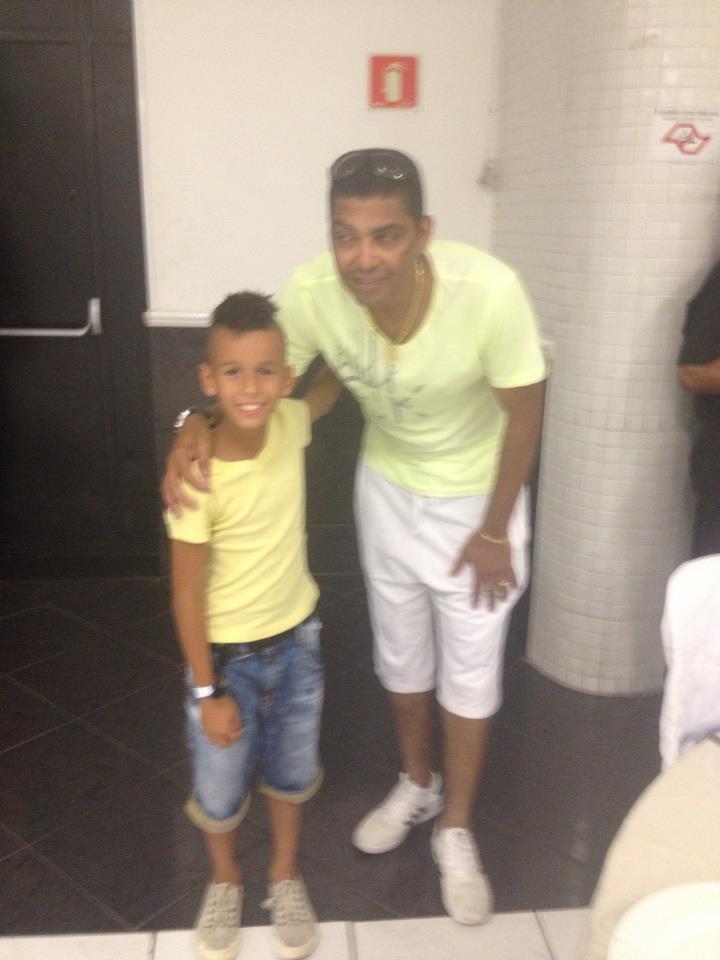 http://dridiniz.blogspot.com.br/2012/12/com-presenca-de-neymar-narciso ...
