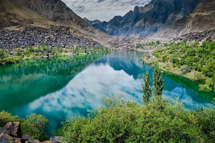 Upper Kachura Lake Skardu, Pakistan
