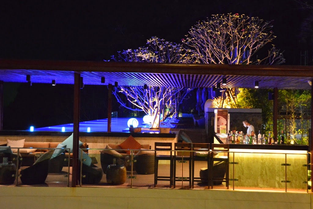 Zeascape Restaurant Phuket bar