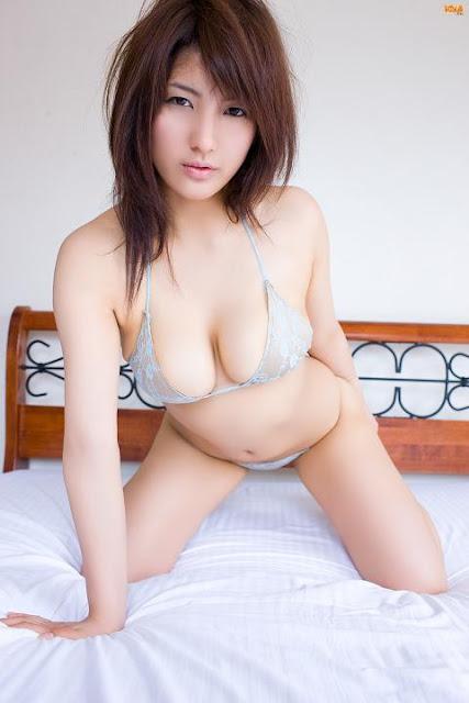 пышные японки фото