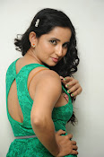 Ishika singh new hot photos-thumbnail-7