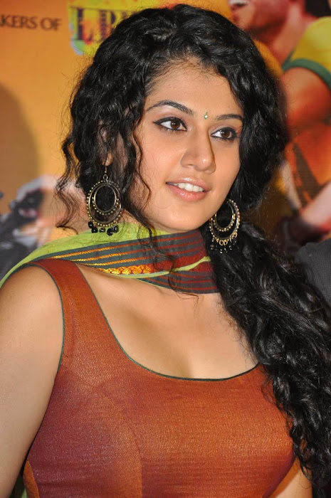 tapsee hot images
