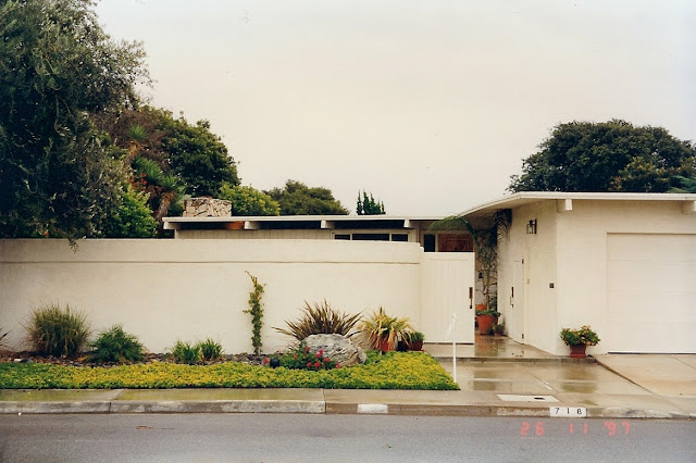 mid-century modern home Irvine Terrace, Corona del Mar,  CA