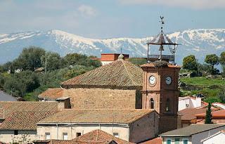 Torre del Reloj e iglesia de Ntra. Sra. de la Luz. Parrillas.