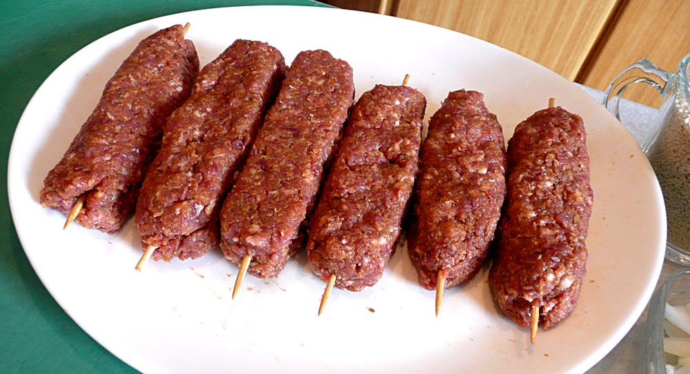 Living the life in Saint-Aignan: Home-made merguez sausages
