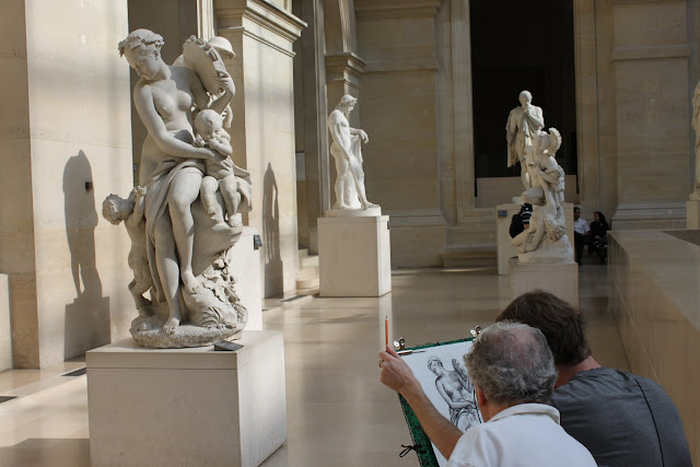 Art sketching of the sculpture at Lourve Museum in Paris, France