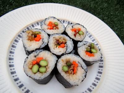 edamame & walnut sushi