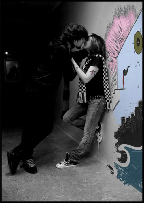 Emo Lover Kiss | Emo Wallpapers of Emo Boys and Girls