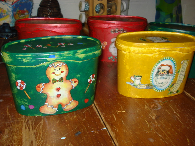 The Creative Home: Recycled Christmas Containers