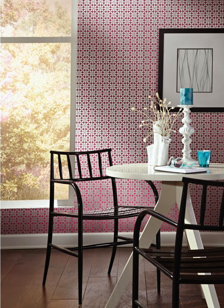 https://www.wallcoveringsforless.com/shoppingcart/prodlist1.CFM?page=_prod_detail.cfm&product_id=42124&startrow=13&search=wh&pagereturn=_search.cfm