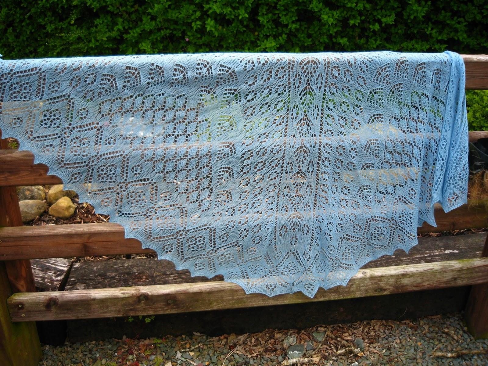 Rubysasha: Shetland Garden Faroese Shawl