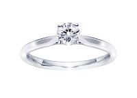 受け継いだダイヤモンドで作る素敵なエンゲージリング(婚約指輪)。