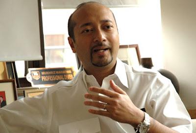 http://1.bp.blogspot.com/-WhCsQGM66l0/UjkKv0MVGfI/AAAAAAAAR0g/bvLXJmSYWnU/s640/Mukhriz-Mahathir.jpg