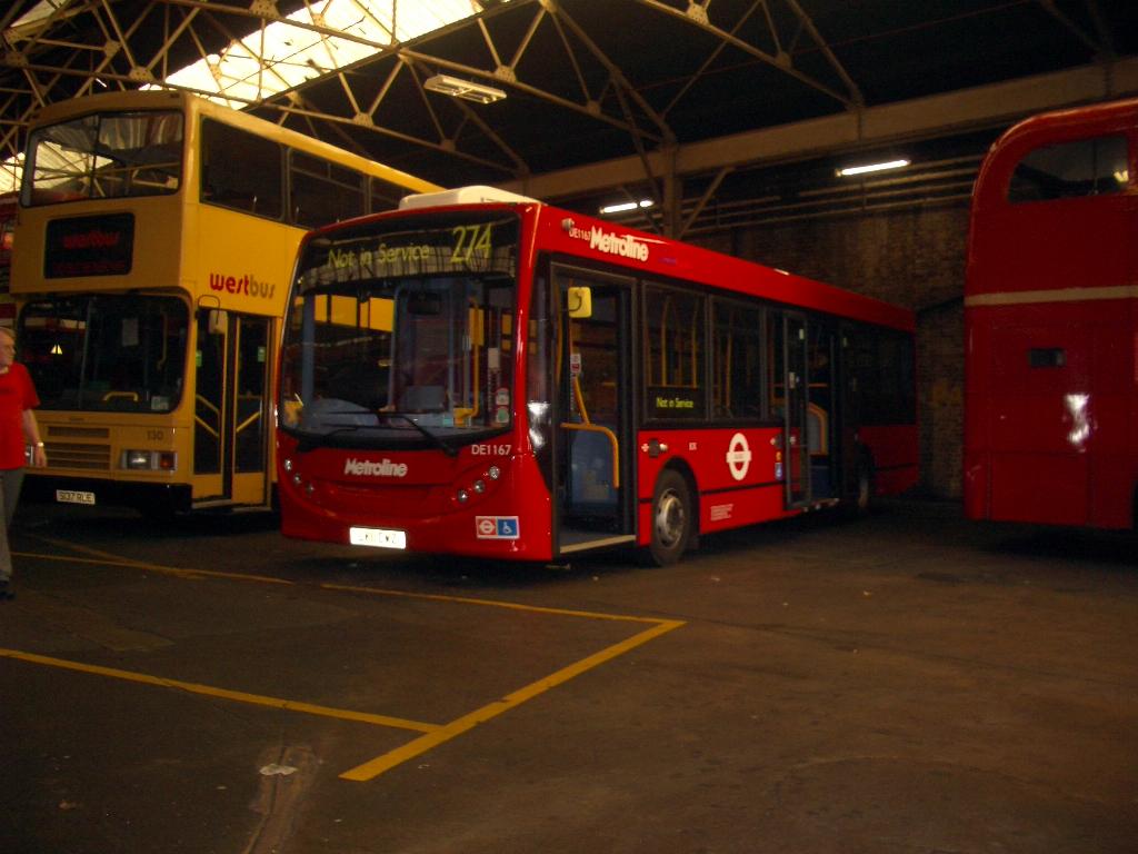 Tom london surrey bus blog metroline holloway bus for Garage ad buc