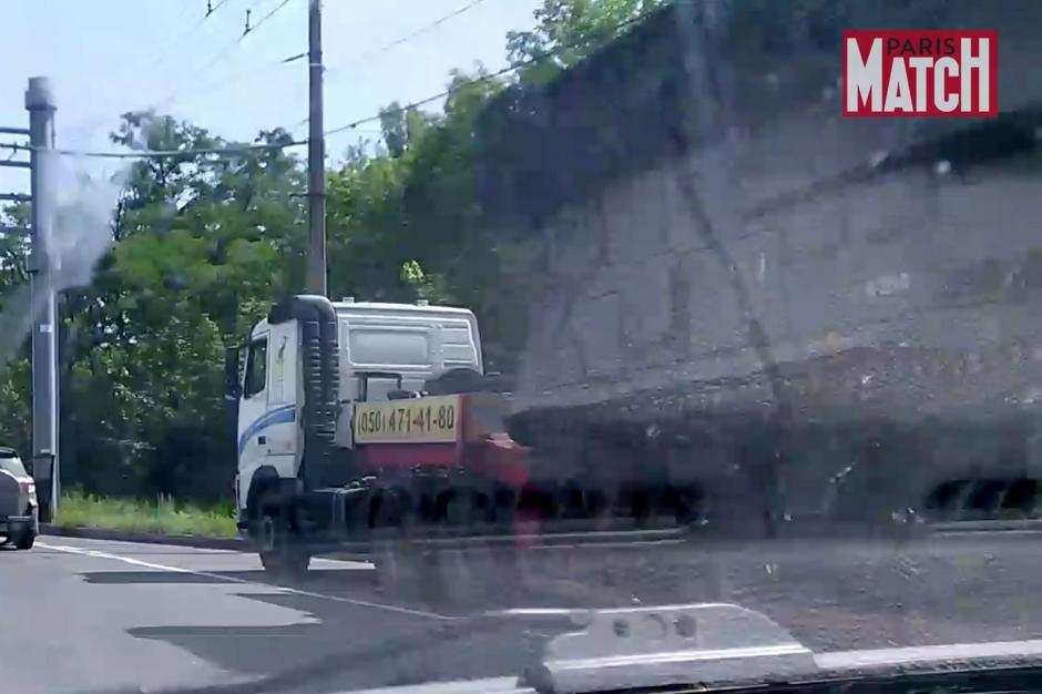 EXCLU-MATCH-Un-camion-vole-pour-transpor