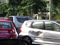 Car insurance: what to do in case of accident? -When making a small clash