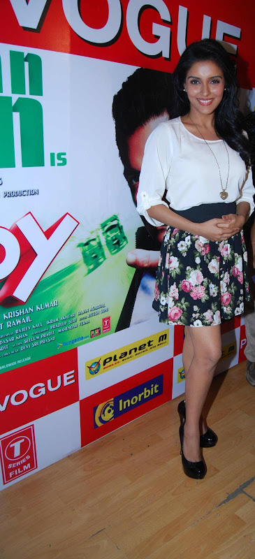 Asin Promotes Ready Film At Provogue Store sexy stills