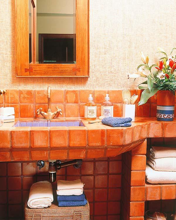 25 dise os de lavabos para ba o decorar casa y hogar for Azulejos para banos estilo rustico