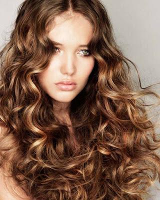 Potongan Model Rambut Blow Dry Trend Lebaran