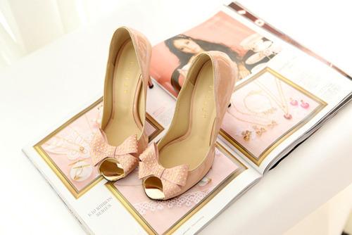 Zapatos y tacones 2016