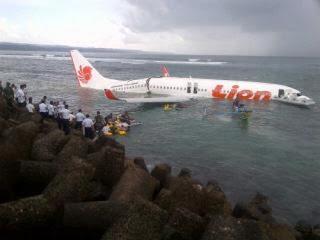 Kumpulan Foto Jatuh Nya Pesawat Lion Air