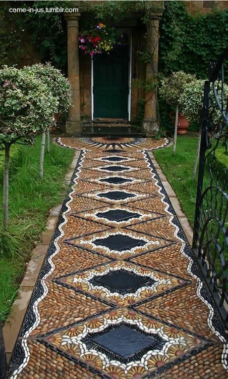 Arquitectura de casas veredas de mosaico en casas for Pisos de exterior