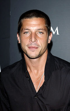 Name Simon Rex