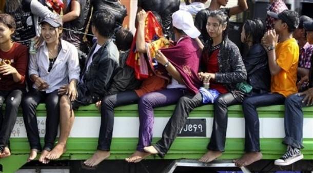 http://1.bp.blogspot.com/-WiyqLr3d5d0/Tah3FDzyAvI/AAAAAAAATzY/FkRIajYdKco/s1600/Myanmar+Thin+Gyan2.jpg