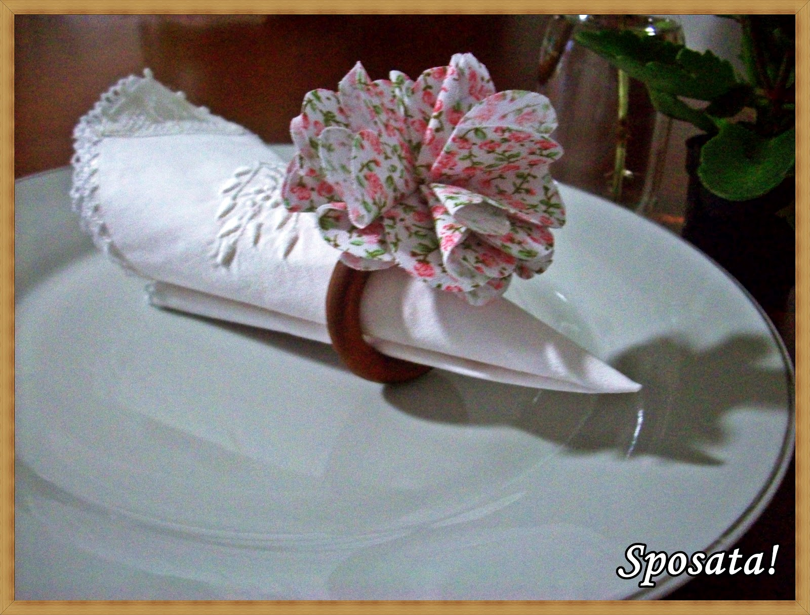 !: Passo a passo Porta guardanapo de madeira com flor de tecido #916C3A 1600x1215