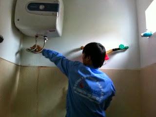 Sửa bình nóng lạnh bị chảy nước tại Hà Nội