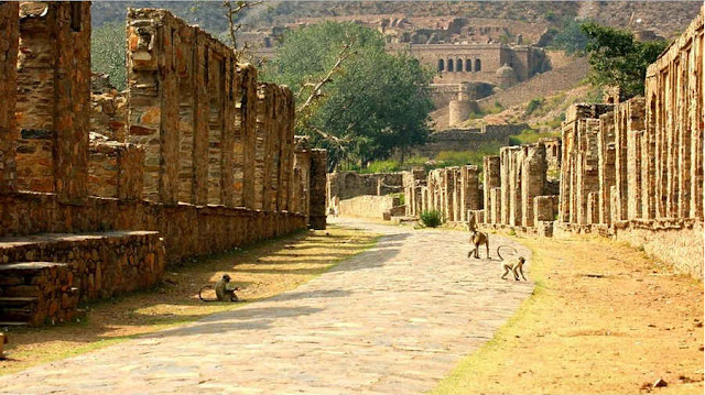 Haunted Bhangarh Fort