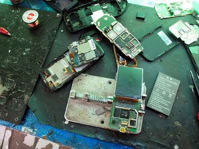 Repair cell phone from water damage