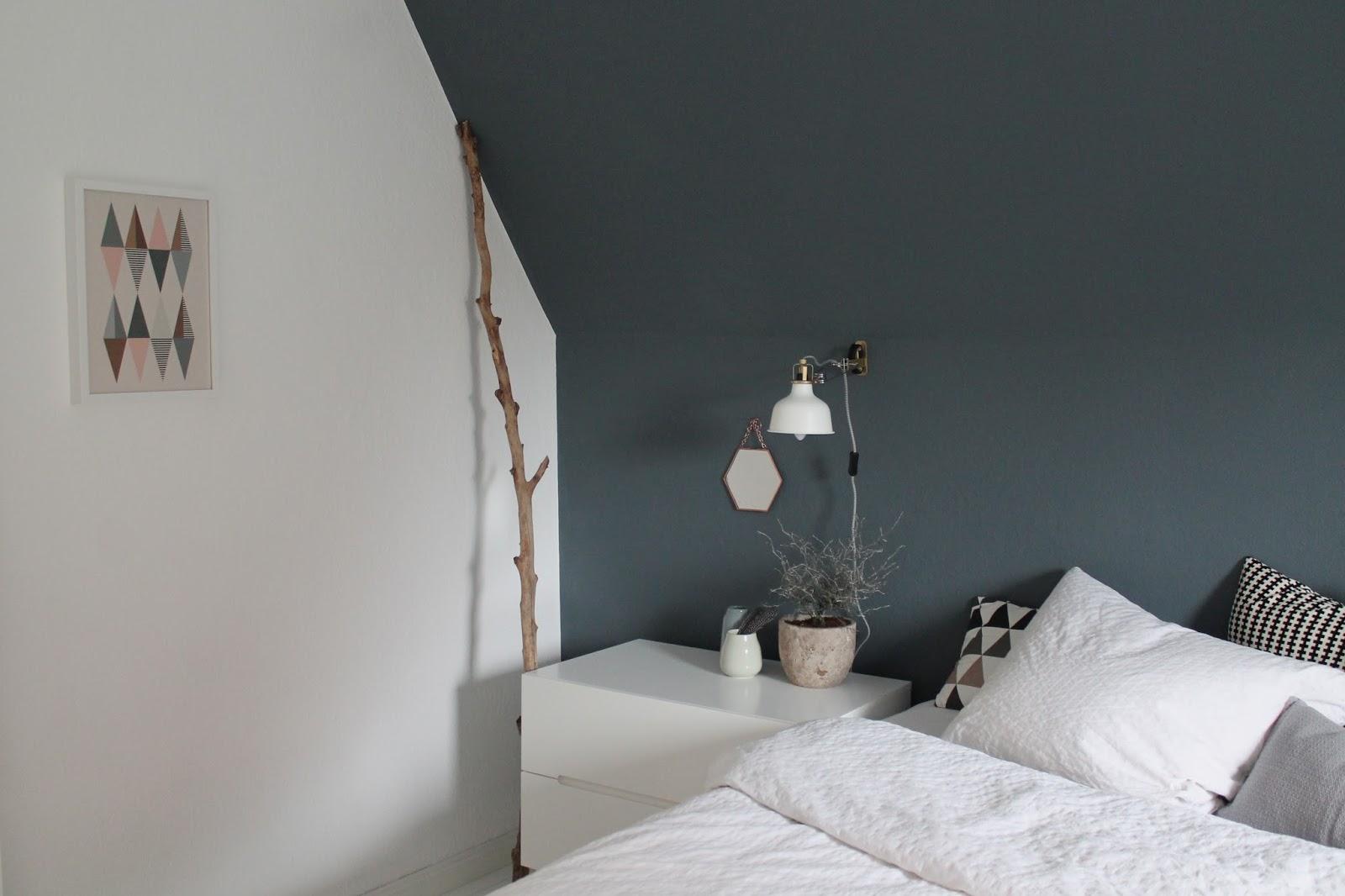 Schlafzimmer farben blau: innendesign in blau und weis. Über ...