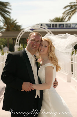 Disney wedding photos, monorail in disney wedding photos