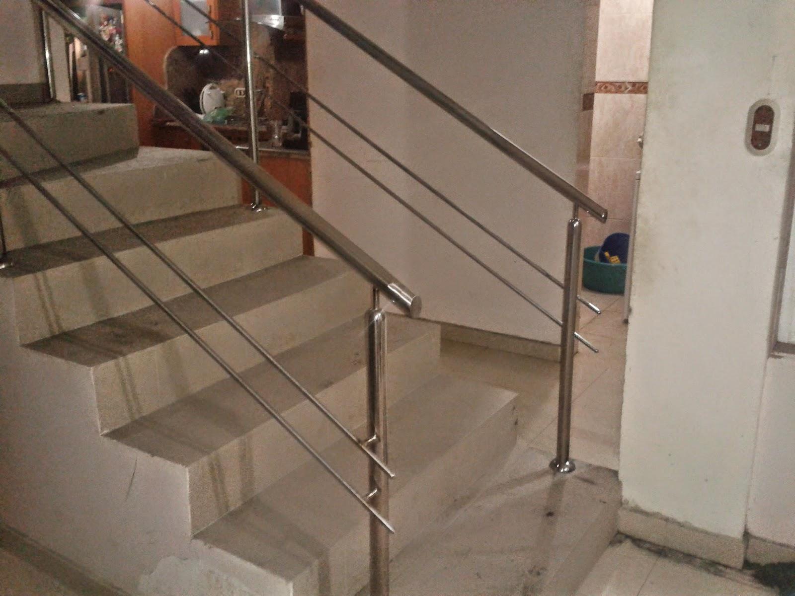 Barandas de escaleras metalicas escaleras de madera for Barandas de escalera