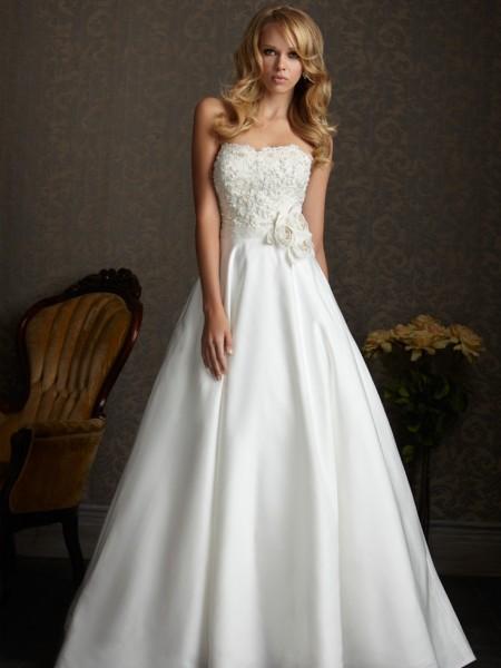 vestidos de novia baratas: Trajes de novia Modesta