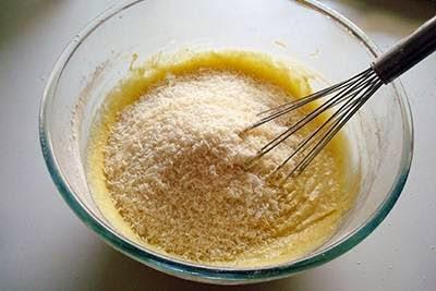 Plumcake cocco e fragole 5