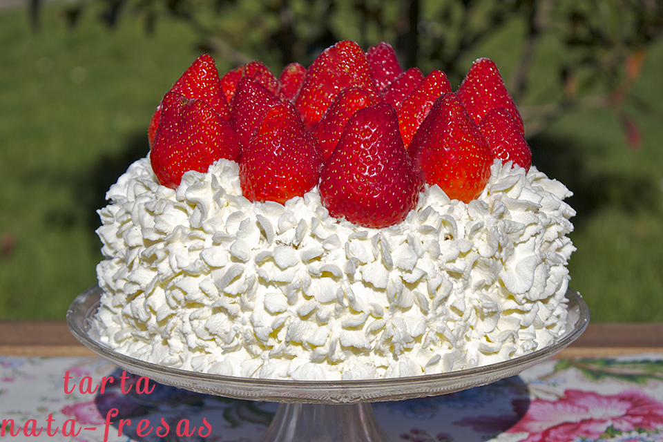 ¡¡¡FELIZ CUMPLEAÑOS NURYSUSY ¡¡ Tarta+fresas