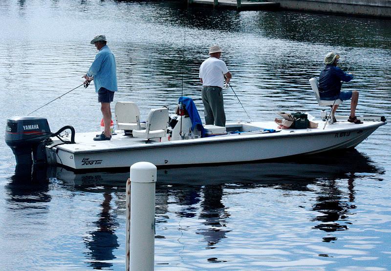 Punta gorda florida daily photo off the dock men fish for Punta gorda fishing