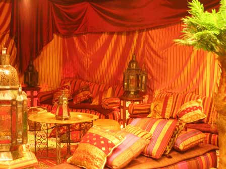 Let 39 s plan weddings on a budget choosing your quinceanera for Arabian night bedroom ideas